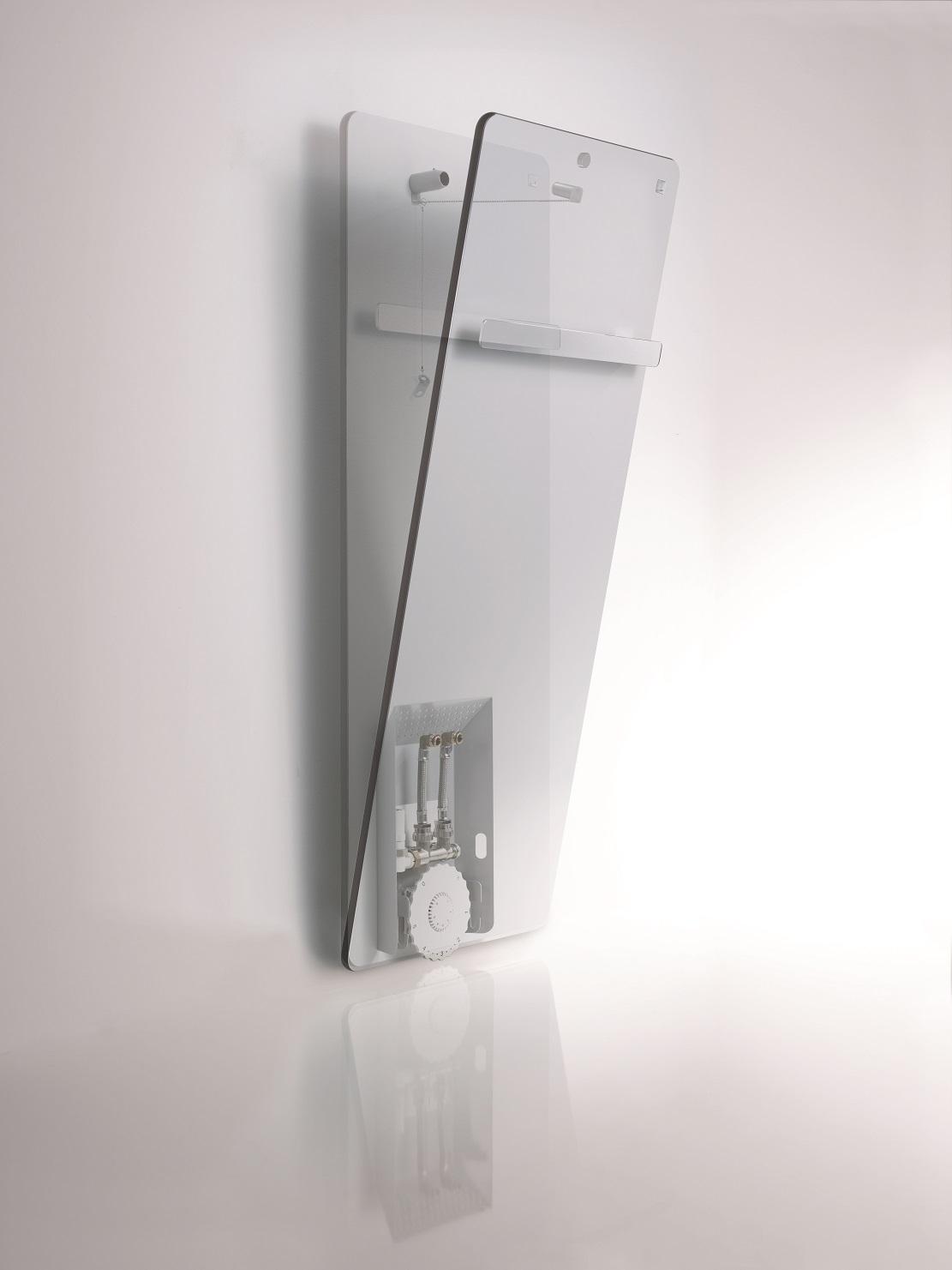 Radiatore di design da bagno commercio idrotermosanitario for Radiatore bagno